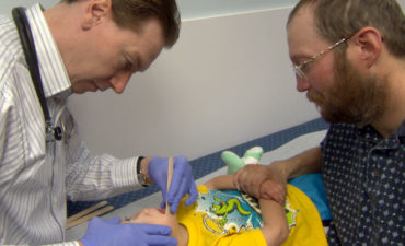 Tooth Talk Expert Helps You Answer Parents' Questions About Babies & Dentists