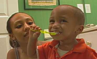 This Holiday, a Gift of Two Minutes Gives a Lifetime of Good Oral Health